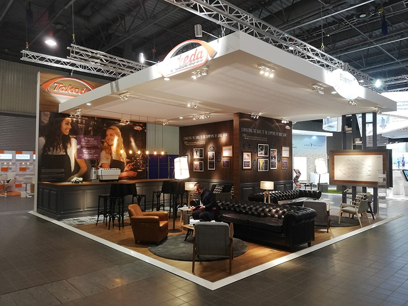 In Extenso - Custom-built booth design and construction